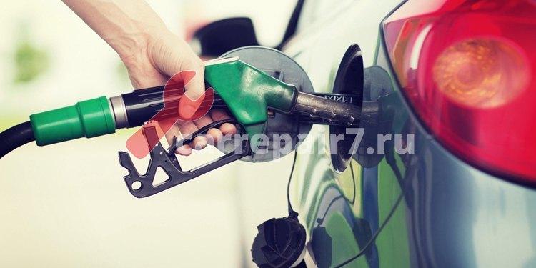 Какой бензин лучше 92 или 95? Каким заправлять свой автомобиль?