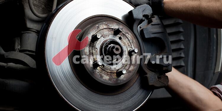 Когда проводить замену тормозных дисков